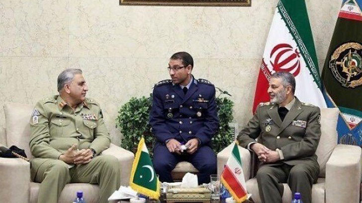 Iran, Pakistan discuss boosting military cooperation