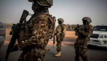 24 Mali soldiers and 17 jihadists die in clashes in east