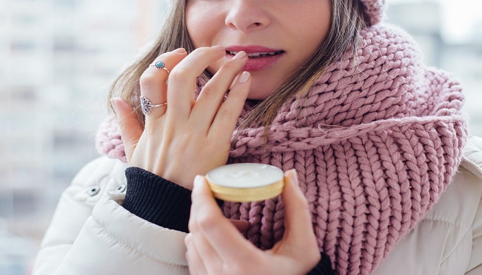 How to care skin in cold weather