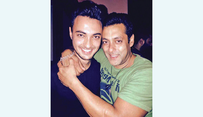 Salman inspires the entire country: Aayush