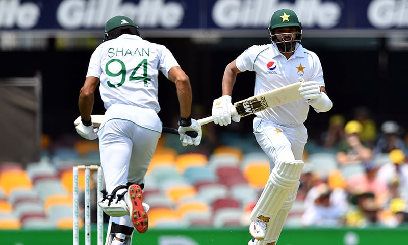 Pakistan frustrate Australia quicks as Test series starts