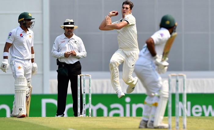 Australia storm back as Pakistan wickets clatter