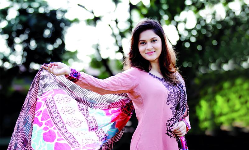 Actress Mithila now in New Delhi