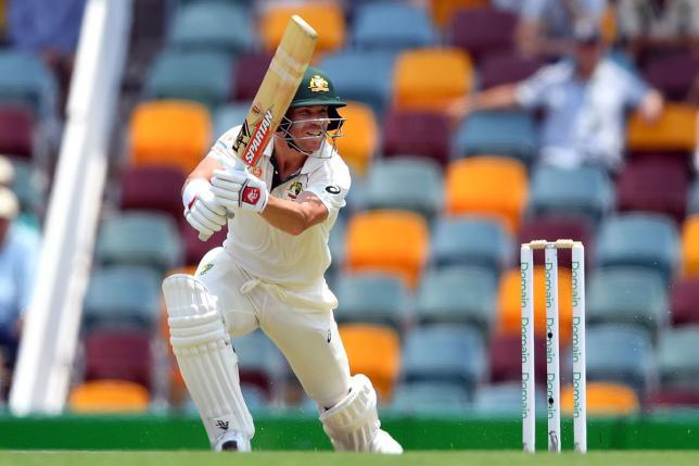 Australia unmoved despite Pakistan's searing Naseem