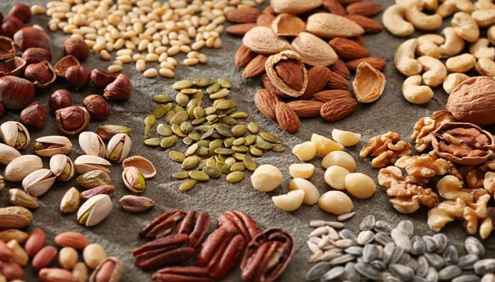 Benefits of nuts and seeds for health