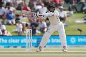 Watling's gritty ton puts New Zealand ahead of England