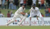New Zealand close on England with Watling, de Grandhomme century stand