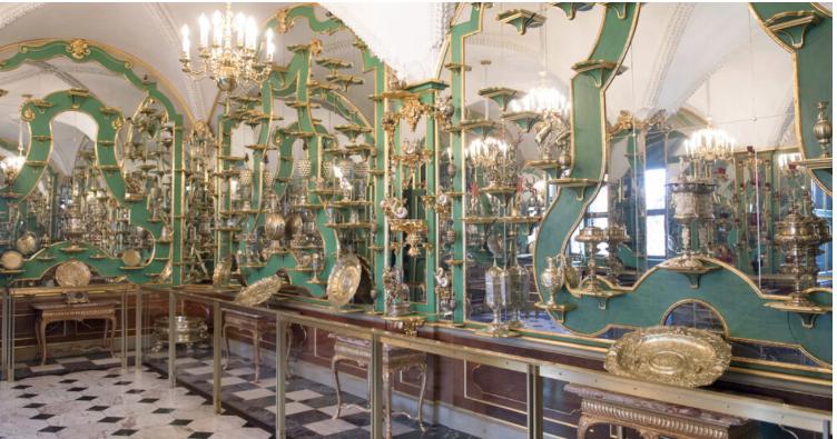 Priceless items stolen from Dresden's Green Vault museum