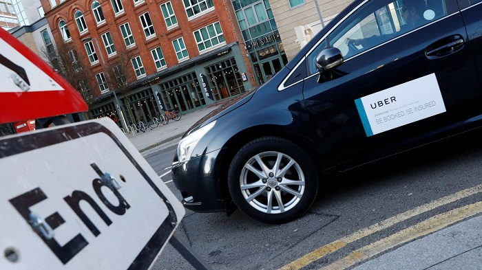 Uber stripped of London licence over passenger safety risk