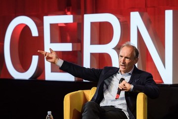 Web inventor Berners-Lee launches plan to stop internet abuse