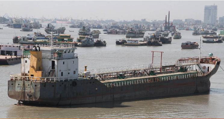 Lighterage vessel strike halts offloading at Chattogram Port
