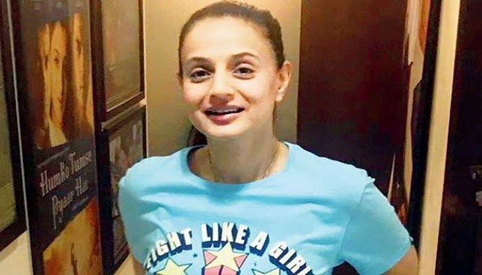 Summons issued against Ameesha Patel in cheque bounce case