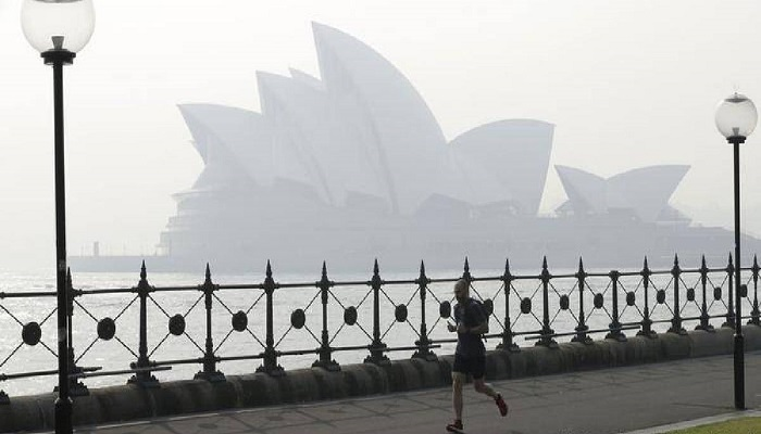 Smoke-filled skies become new normal for Sydney