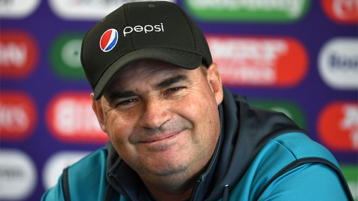 Sri Lanka appoint Mickey Arthur as head coach