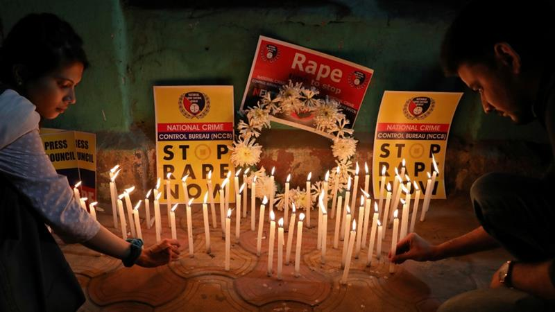 India rape victim dies in hospital after being set ablaze