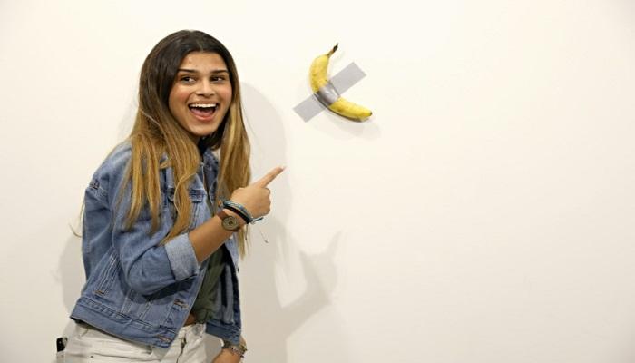 Man eats $120,000 piece of art -- a banana taped to wall