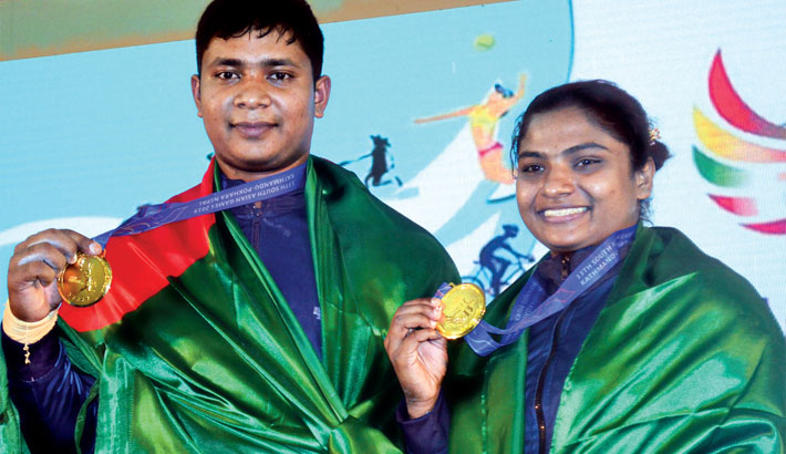 Bangladesh weightlifters after clinching gold medals