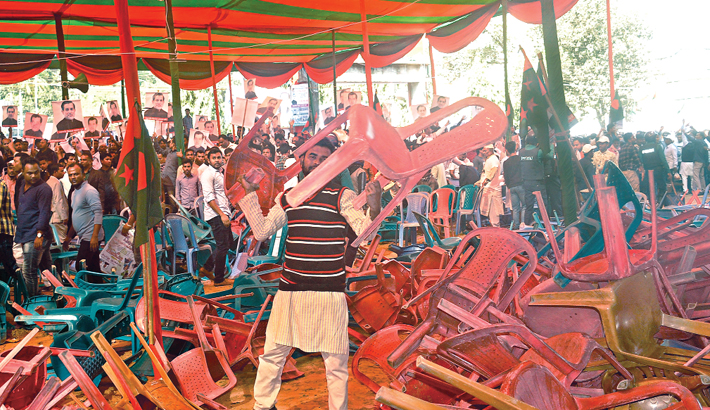 Supporters ransack chairs at the triennial conference