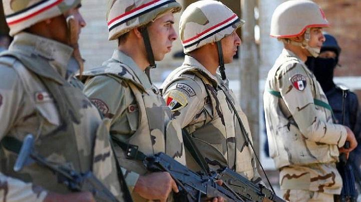 Egyptian officials say policeman, militant killed in Sinai