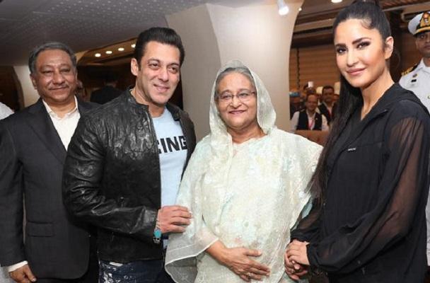 Bollywood superstar Salman Khan pays tributes to Bangabandhu