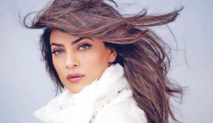 Sushmita announces return to films after 10 years