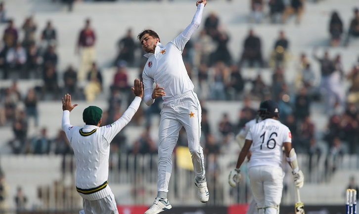 Pakistan grab wickets as Test cricket returns after 2009 attack