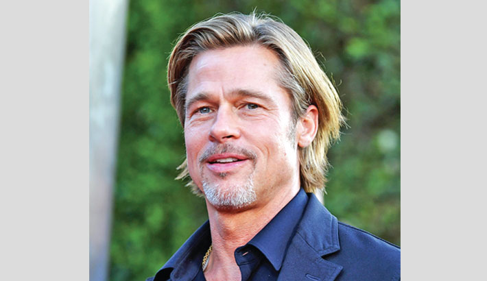 Brad Pitt clears up dating rumours