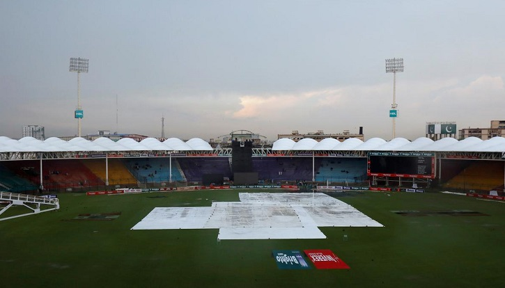 Pakistan's first home Test since attack resumes after rain