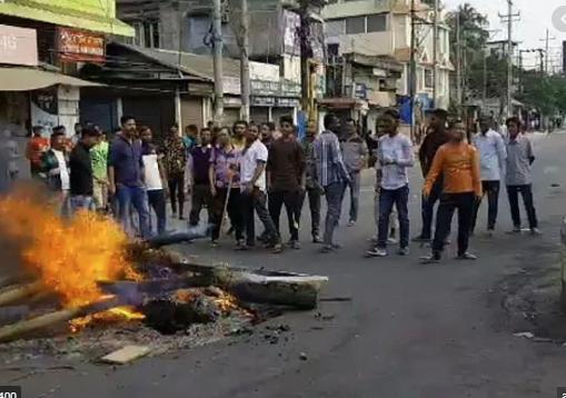 Thousands defy curfew in Guwahati as Assam rages over citizenship bill