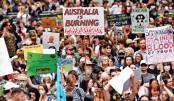 Australians protest as bushfire haze sparks health fears