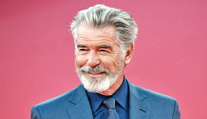 Brosnan to play king in Camila's Cinderella