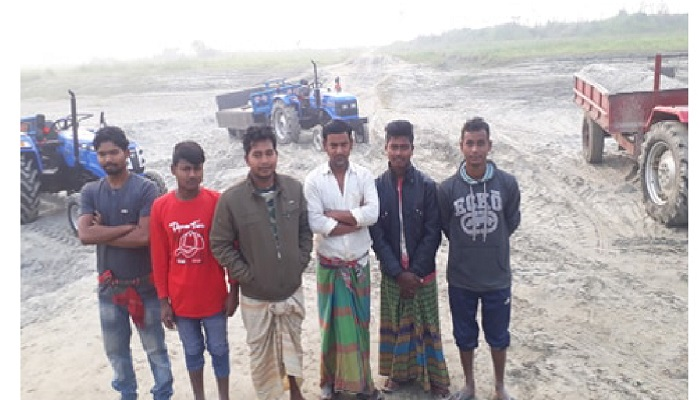 5 jailed for extracting sand illegally
