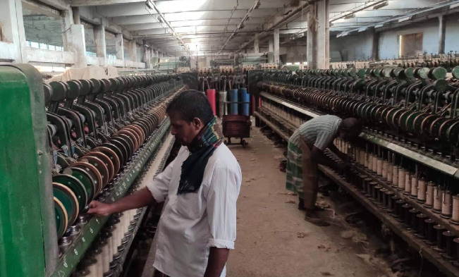 Jute mills back into production as workers postpone strike