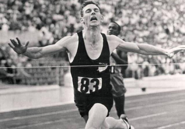 New Zealand running legend Peter Snell dies aged 80