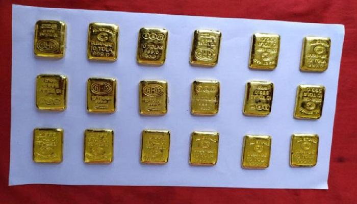 2 kg gold seized at Benapole