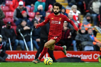 Salah stretches Liverpool lead to 10 as Leicester stumble