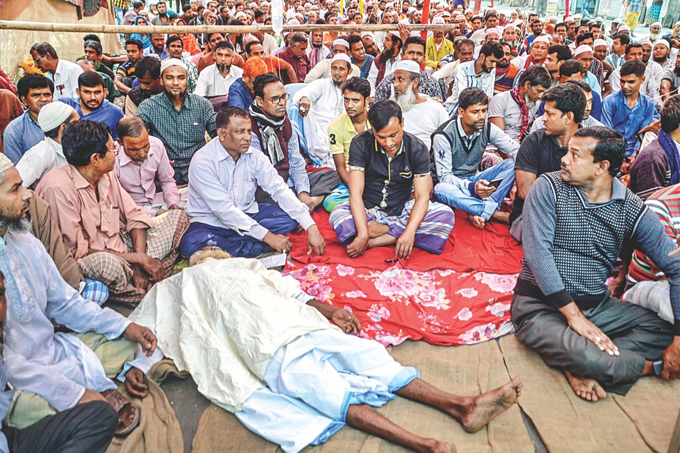 Jute mill worker, who fell sick during hunger strike, dies at KMCH
