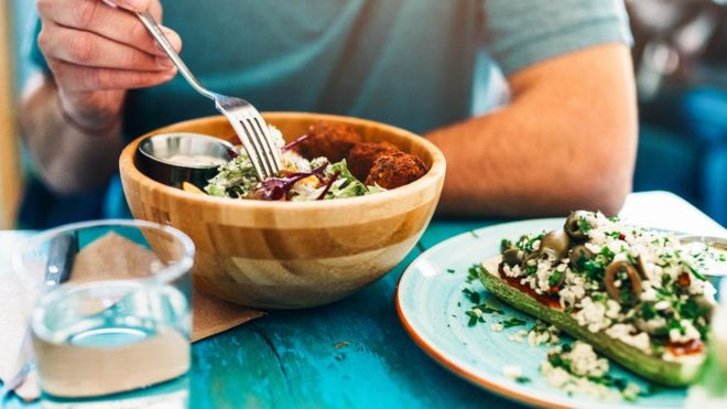 Vegans 'need to be aware of B12 deficiency risk'