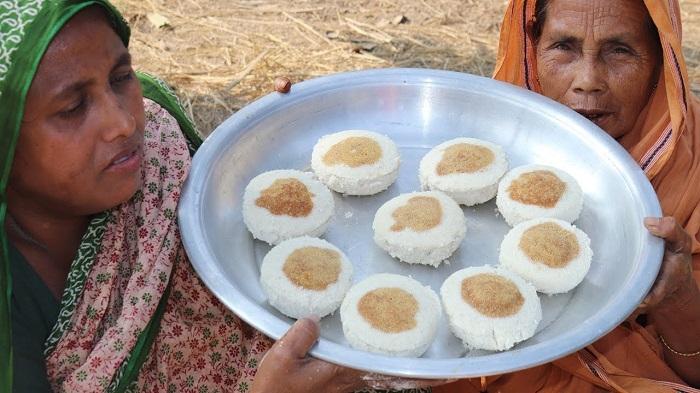 "Seasonal ""Bhapa pitha"" business gets momentum in country"