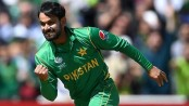 Mohammad Hafeez suspended from bowling in all ECB competitions