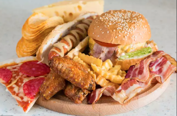 High-fat meal completely shuts down the communication for few hours