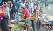 Kitchen markets on footpaths !