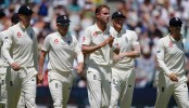 Broad, Anderson give England edge in second Test against South Africa