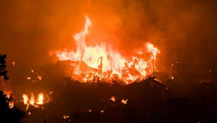 Fire breaks out at garment factory in Uttar Badda
