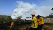 Strong winds create Australian 'megablaze'