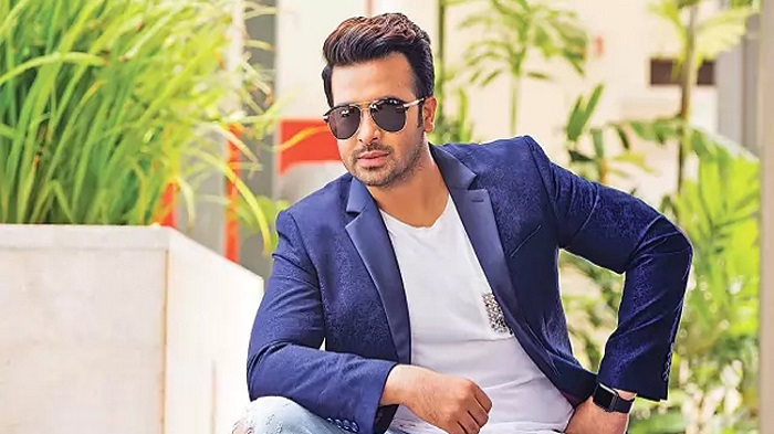 Shakib Khan to settle in the USA
