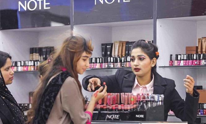 Visitors' turnout still low at Dhaka International Trade Fair