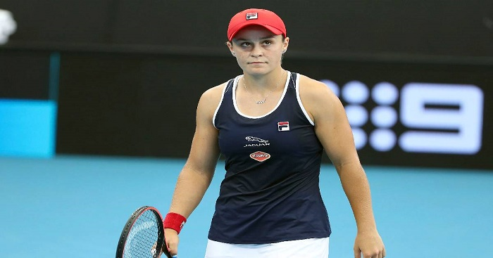 Top-ranked Barty overcomes late collapse to win at Adelaide