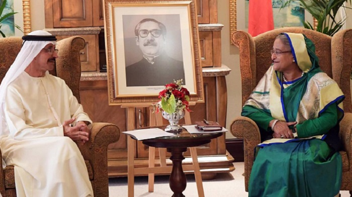 PM urges DP World to invest in Bangladesh