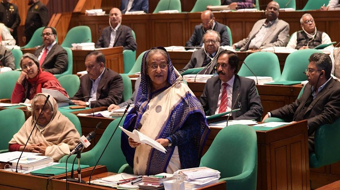 Climate change to displace 4 cr people in Bangladesh: PM